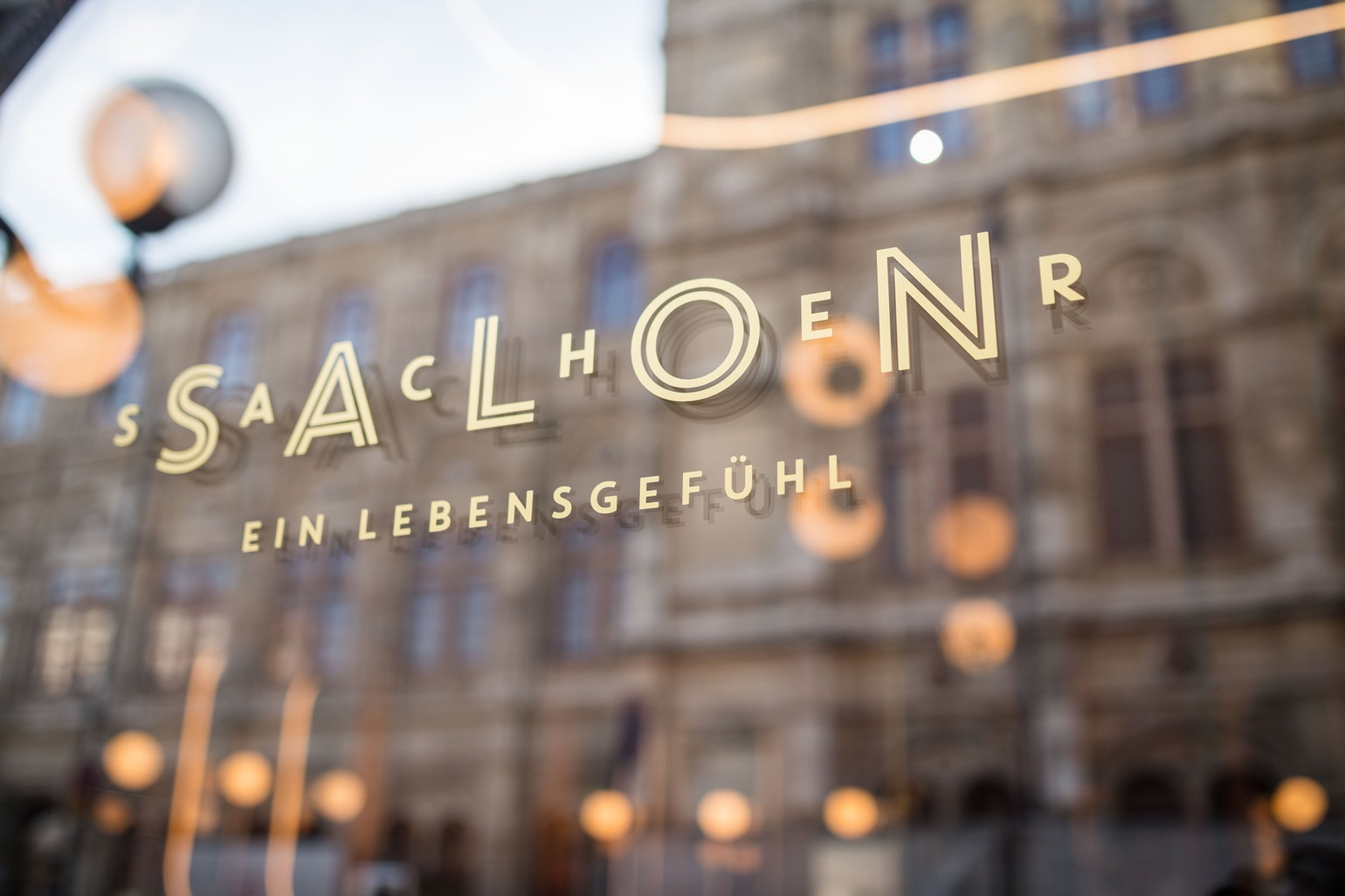 Salon Sacher Corporate Design Fassade