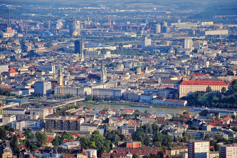 City Branding Linz Ausblick Stadt