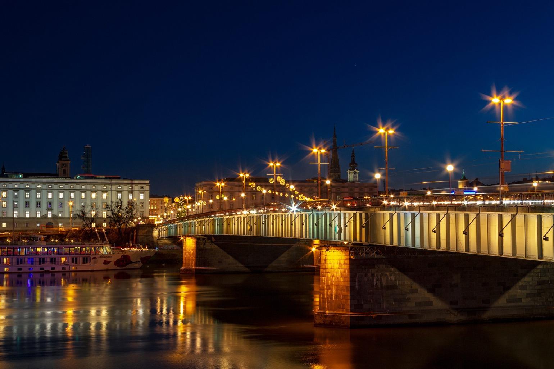 City Branding Linz Brücke